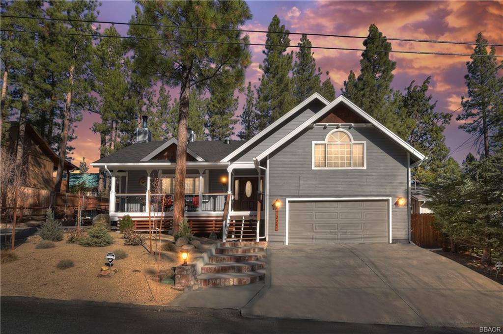1225 Redwood Drive Property Photo