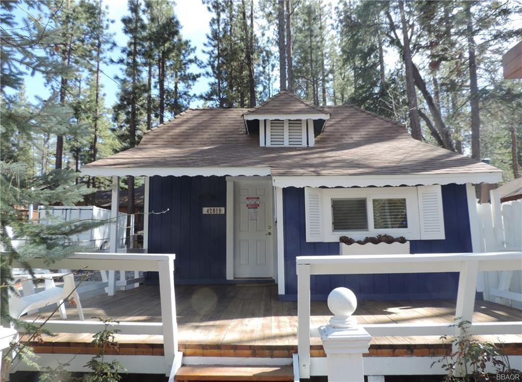 42619 Cedar Avenue Property Photo 1