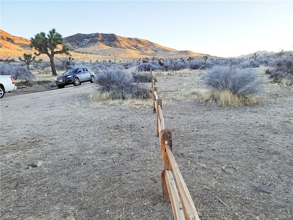 0 Vista Flat Top Road Property Photo - Pioneertown, CA real estate listing