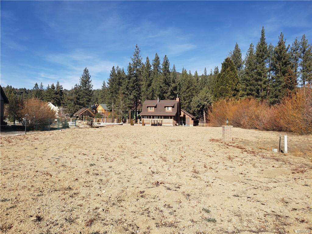 39199 Seminole Drive Property Photo - Fawnskin, CA real estate listing