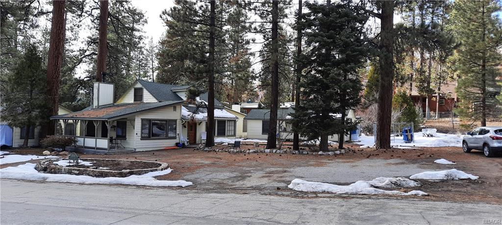 1004 Canyon Road Property Photo