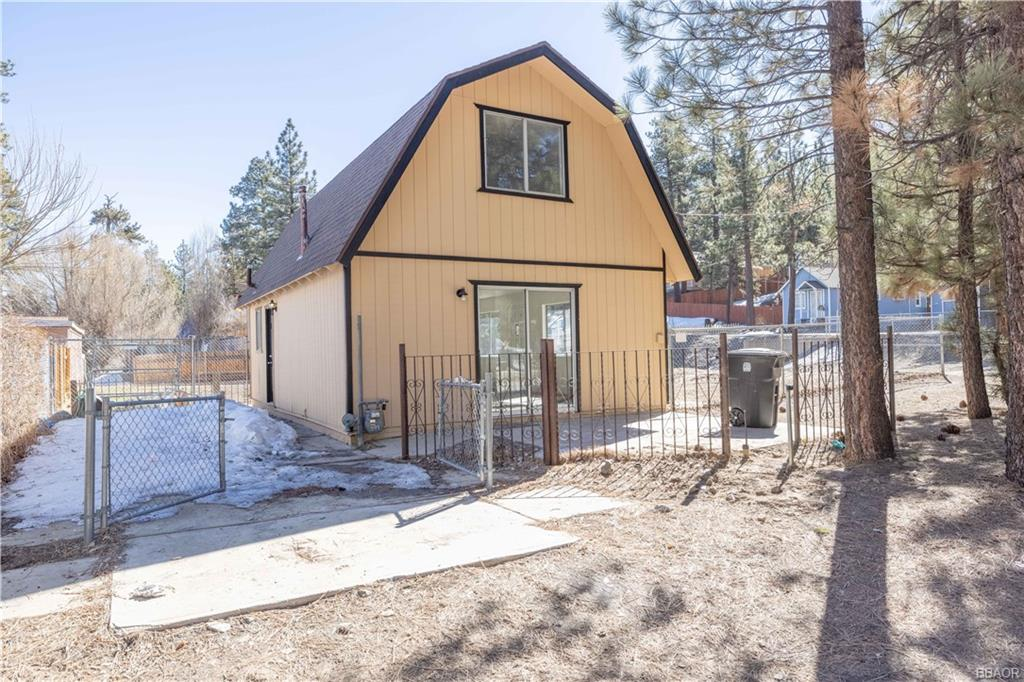 773 W Big Bear Boulevard Property Photo
