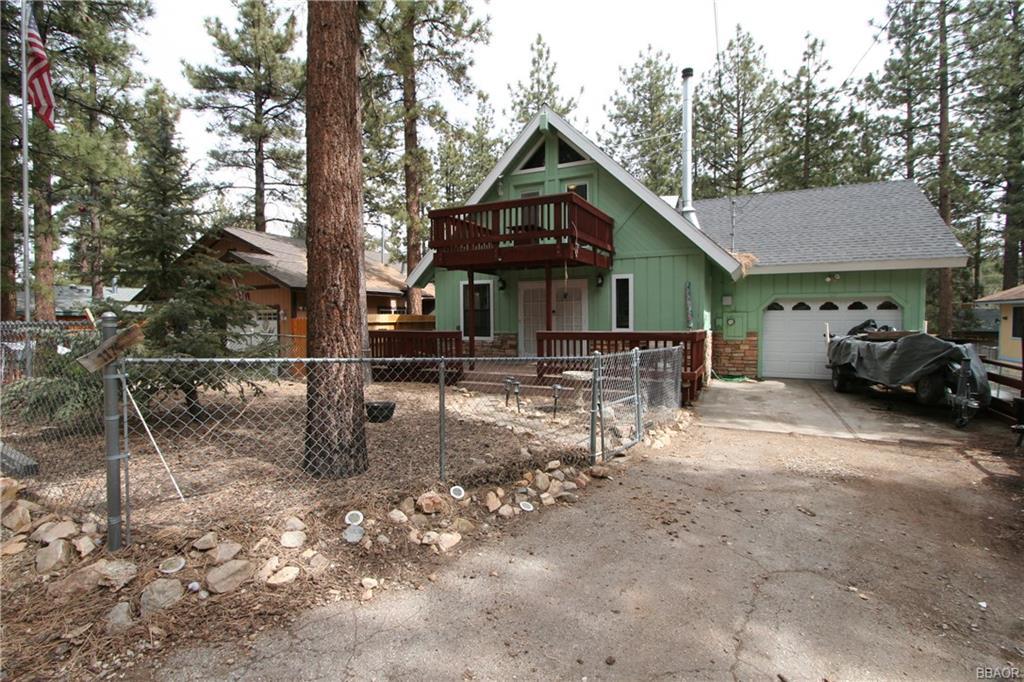 Pine Ridge Lane Property Photo