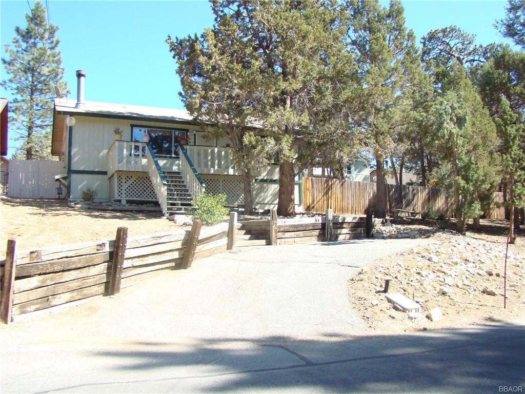 151 Vista Avenue Property Photo 1