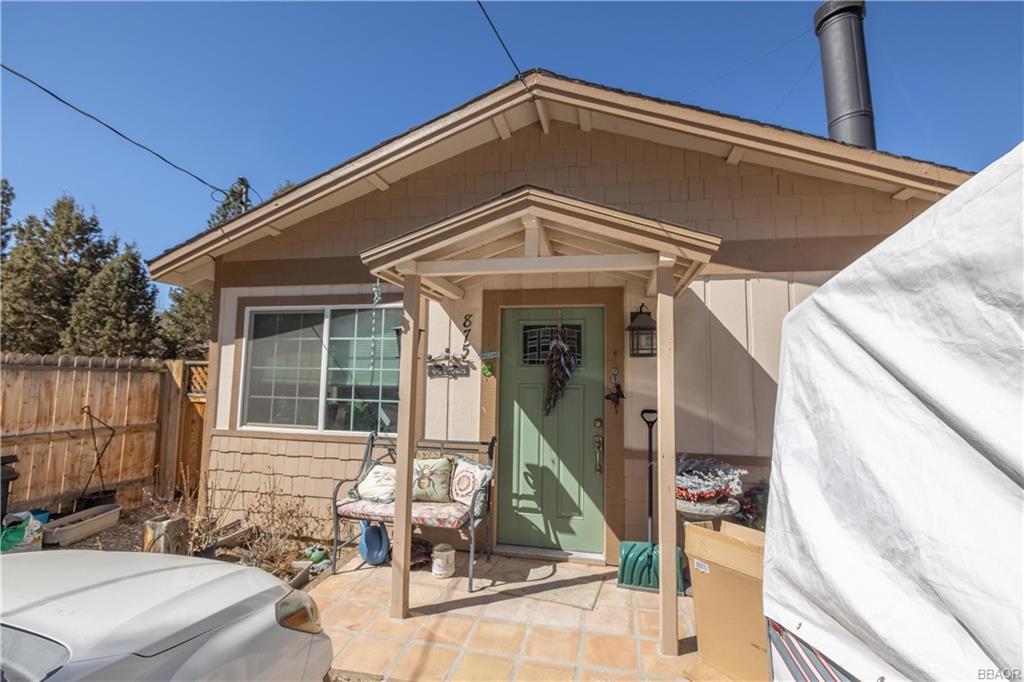 875 Ash Lane Property Photo