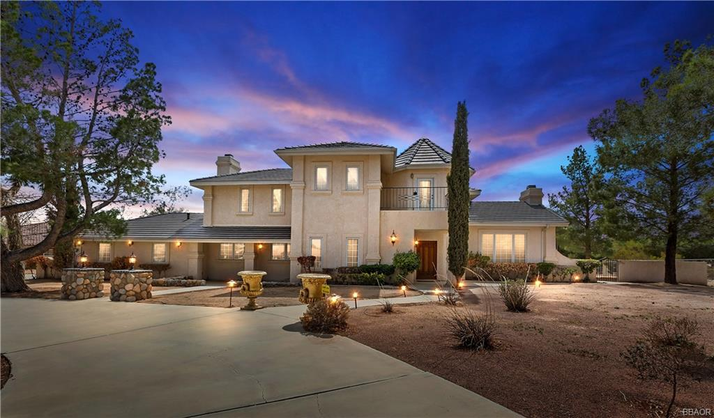 92307 Real Estate Listings Main Image