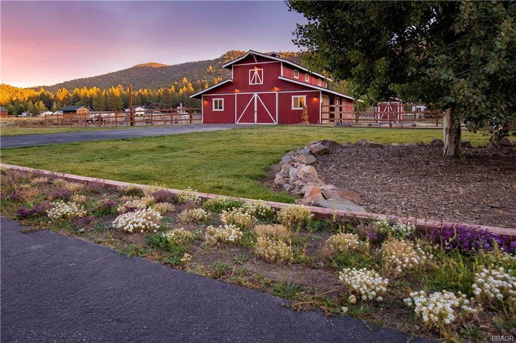 46840 Lakewood Drive Property Photo 1
