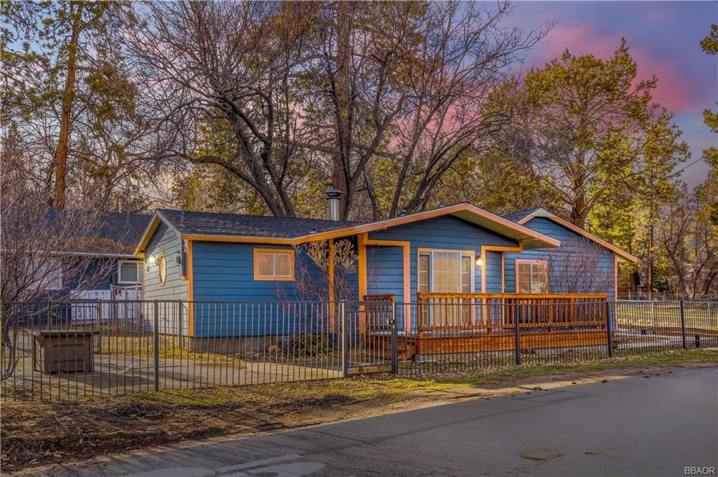 44644 Barton Lane Property Photo 1