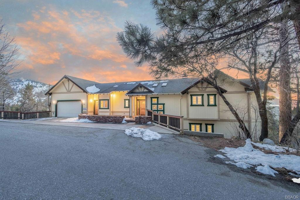 832 Menlo Drive Property Photo - Big Bear Lake, CA real estate listing