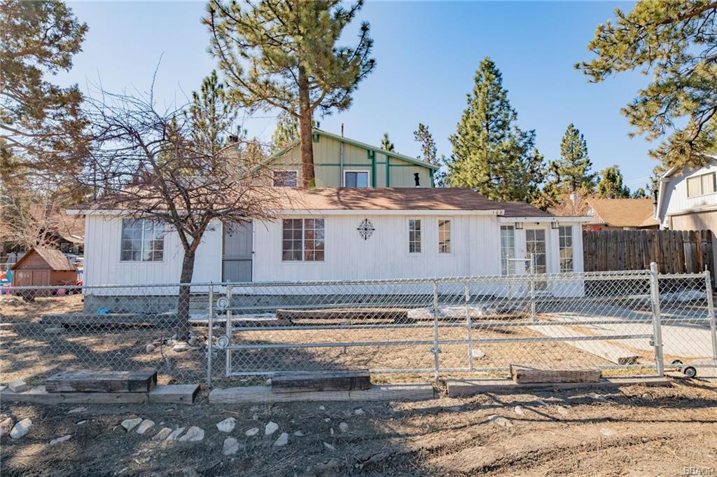 108 Cedar Lane Property Photo