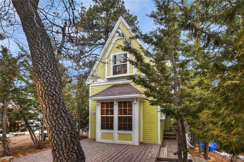 720 Kern Avenue Property Photo