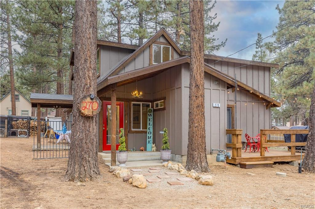 270 Spruce Ln. Property Photo - Sugarloaf, CA real estate listing