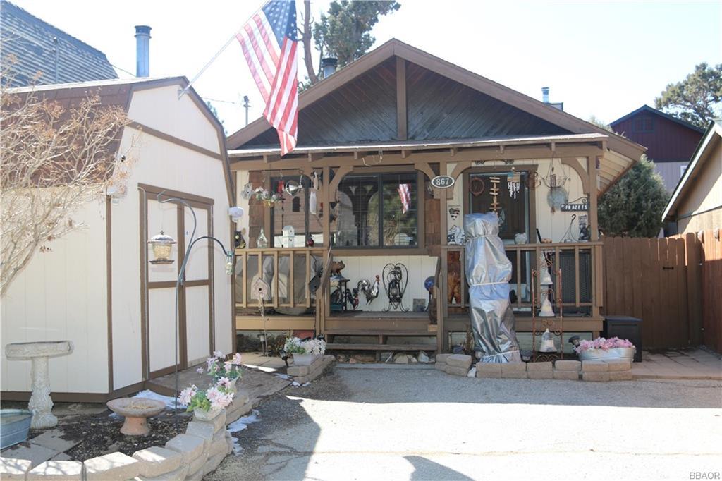 867 Ash Lane Property Photo
