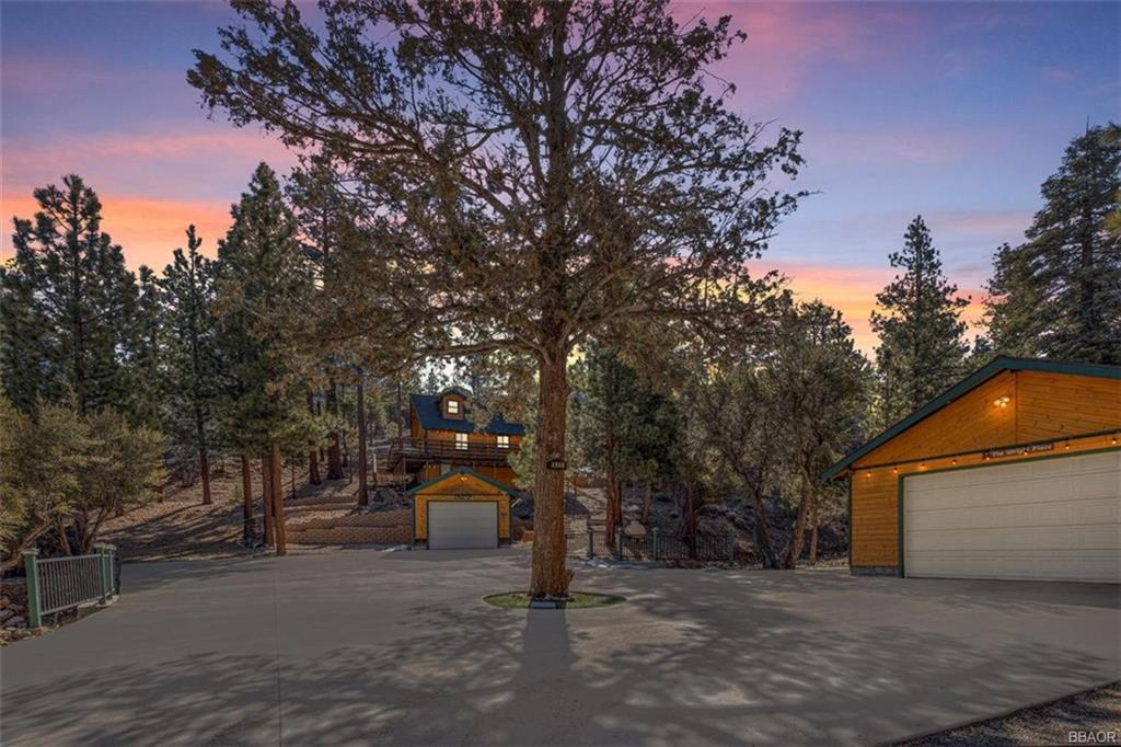 425 Sawmill Canyon Rd Property Photo - Sugarloaf, CA real estate listing