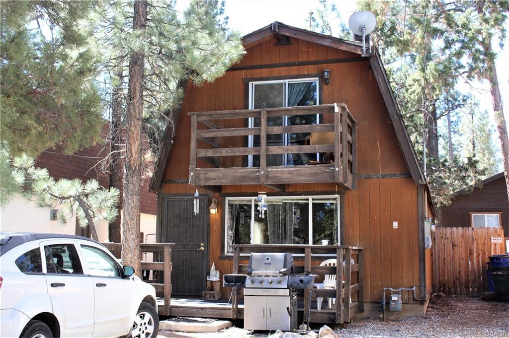 2064 9th Lane Property Photo
