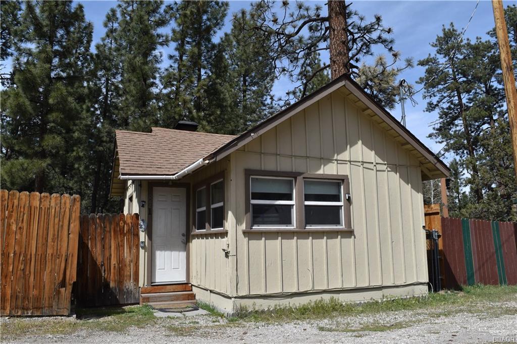 821 E Big Bear Boulevard Property Photo