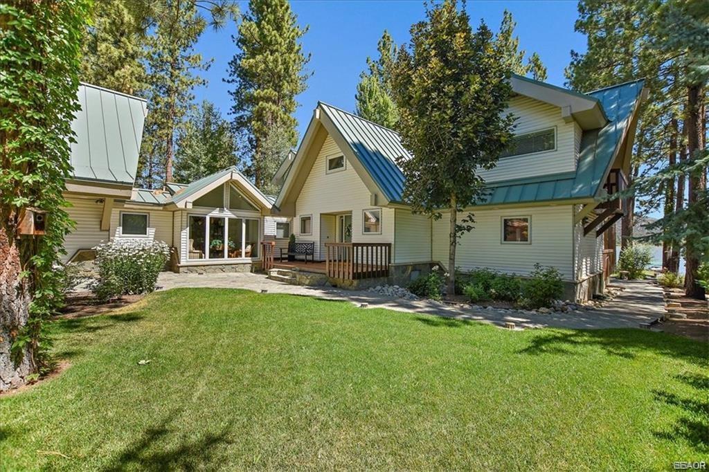 239 North Eureka Drive Property Photo 6