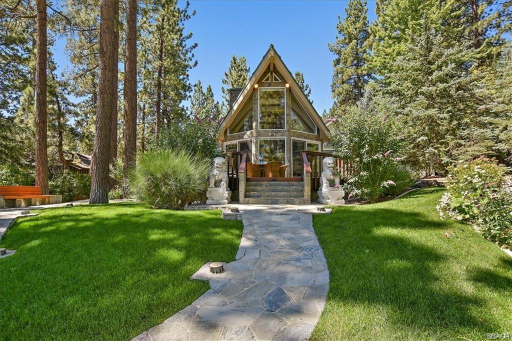 239 N Eureka Drive Property Photo - Big Bear Lake, CA real estate listing