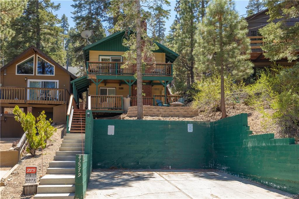 42979 Fern Avenue Property Photo 1