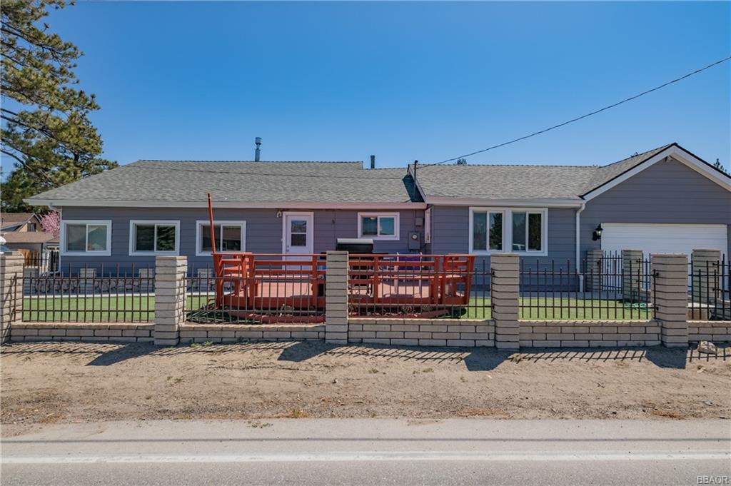 400 E Meadow Lane Property Photo