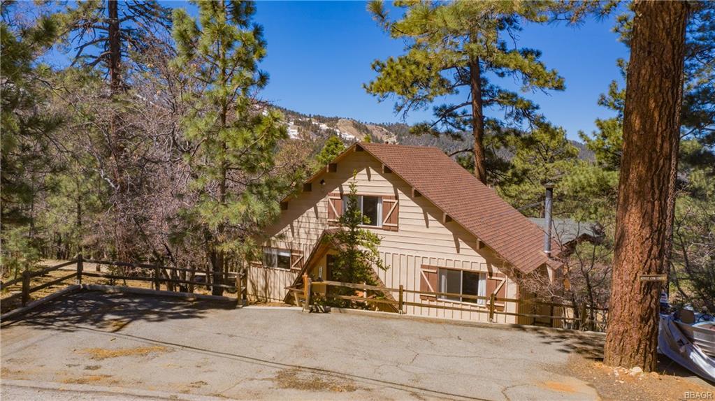 43937 Canyon Crest Drive Property Photo