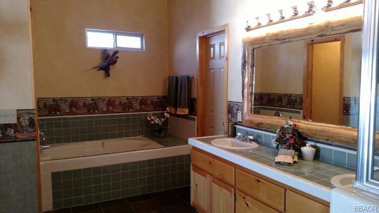 39309 North Shore Drive Property Photo 16