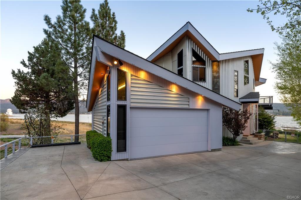 40141 N Shore Drive Property Photo 1
