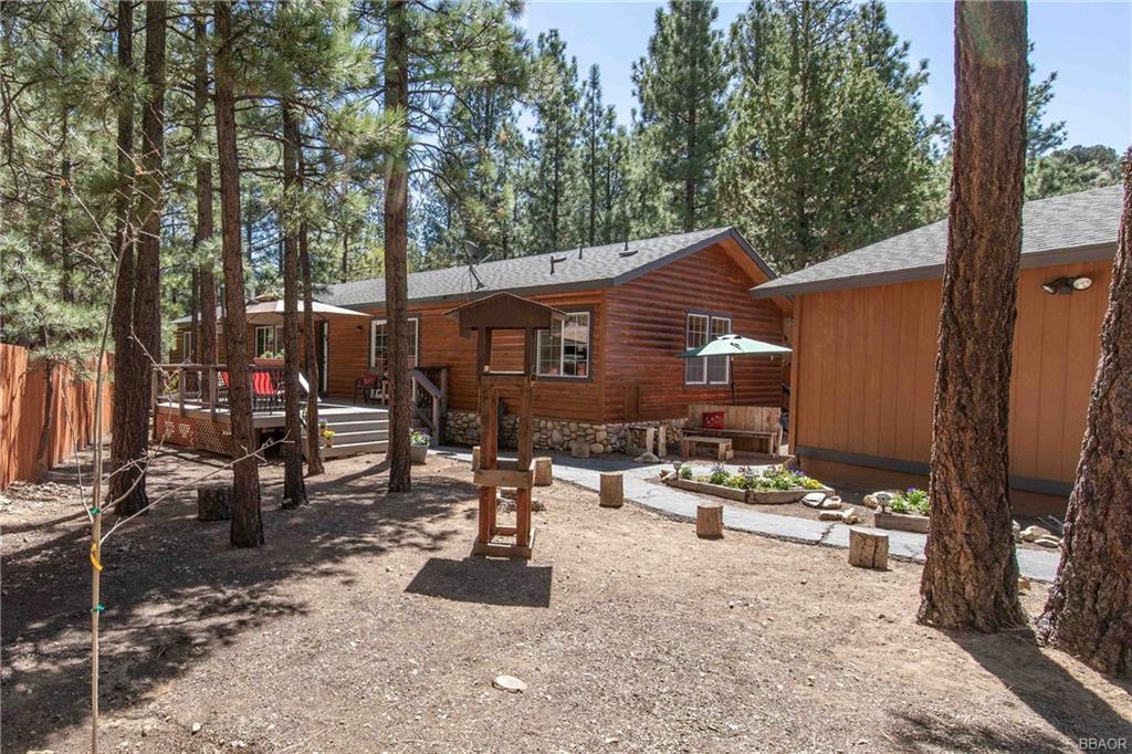 1132 Pine Lane Property Photo 1
