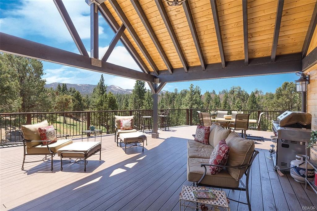 226 Dixie Lee Property Photo 1