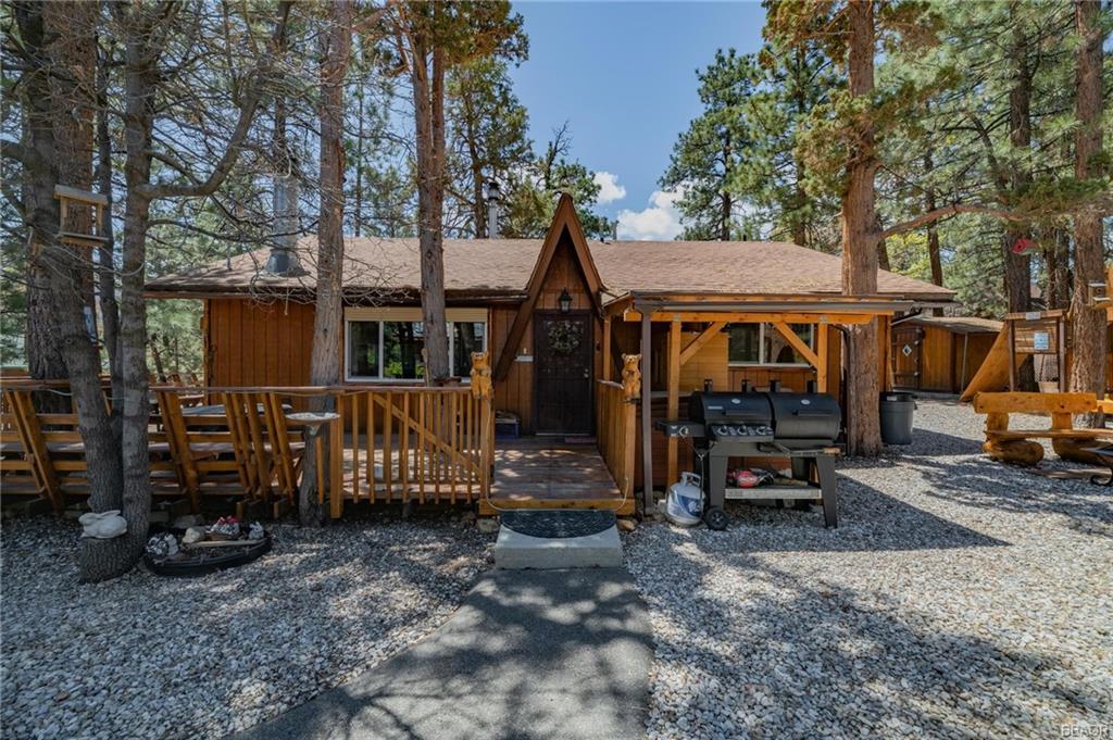 390 Spruce Lane Property Photo - Sugarloaf, CA real estate listing