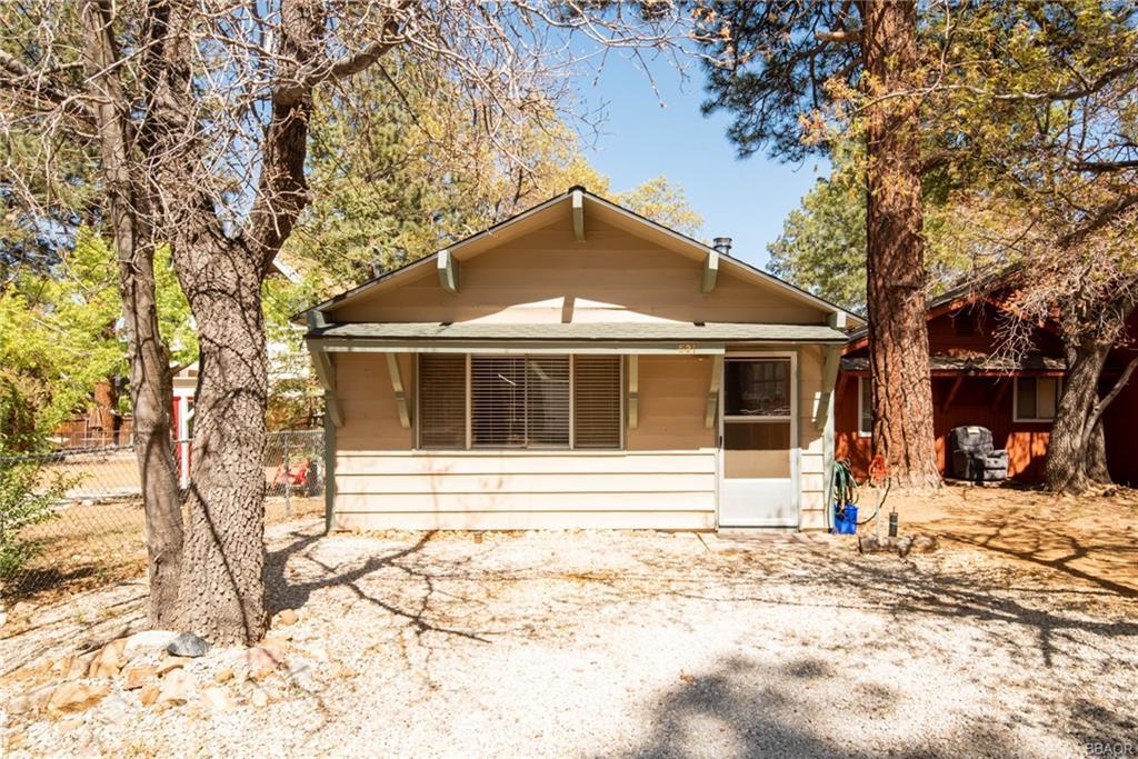 531 Kern Avenue Property Photo