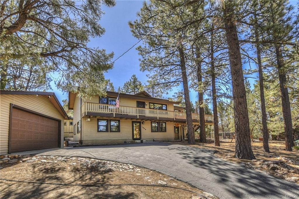 1068 Lookout Mountain Road Property Photo
