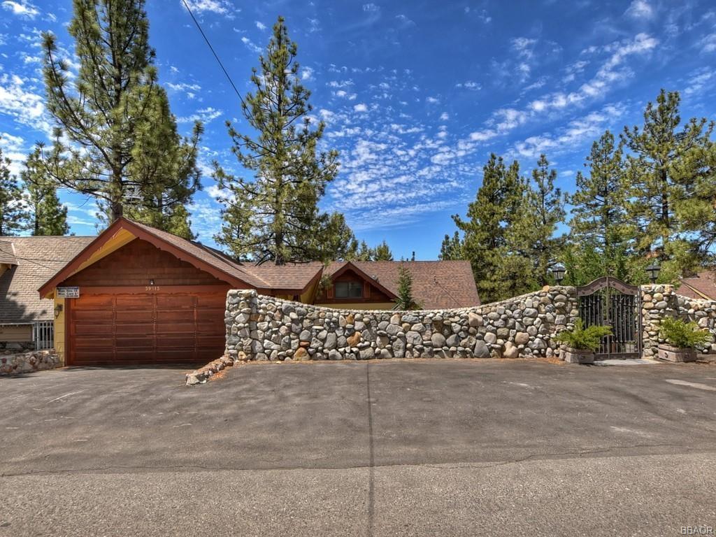 39513 Lake Drive Property Photo 1