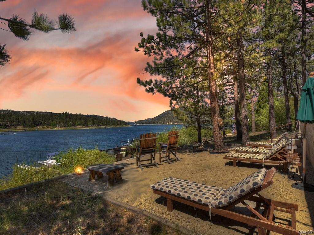 39513 Lake Drive Property Photo 3