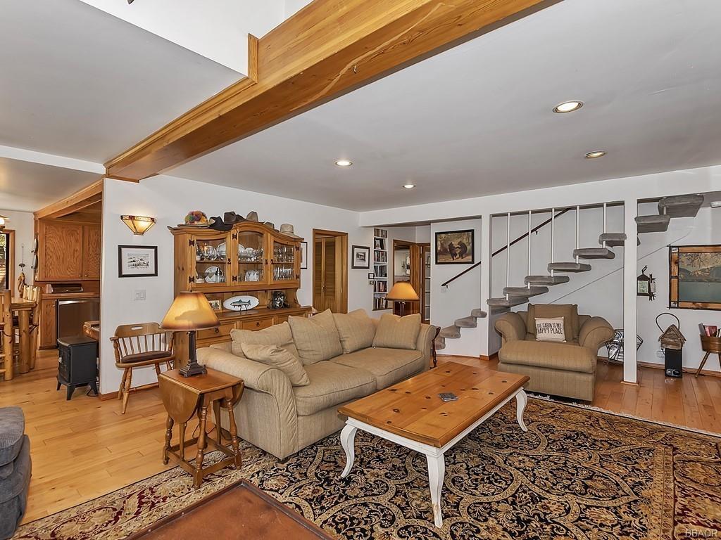 39513 Lake Drive Property Photo 11