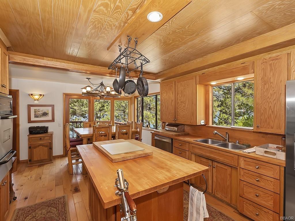 39513 Lake Drive Property Photo 13