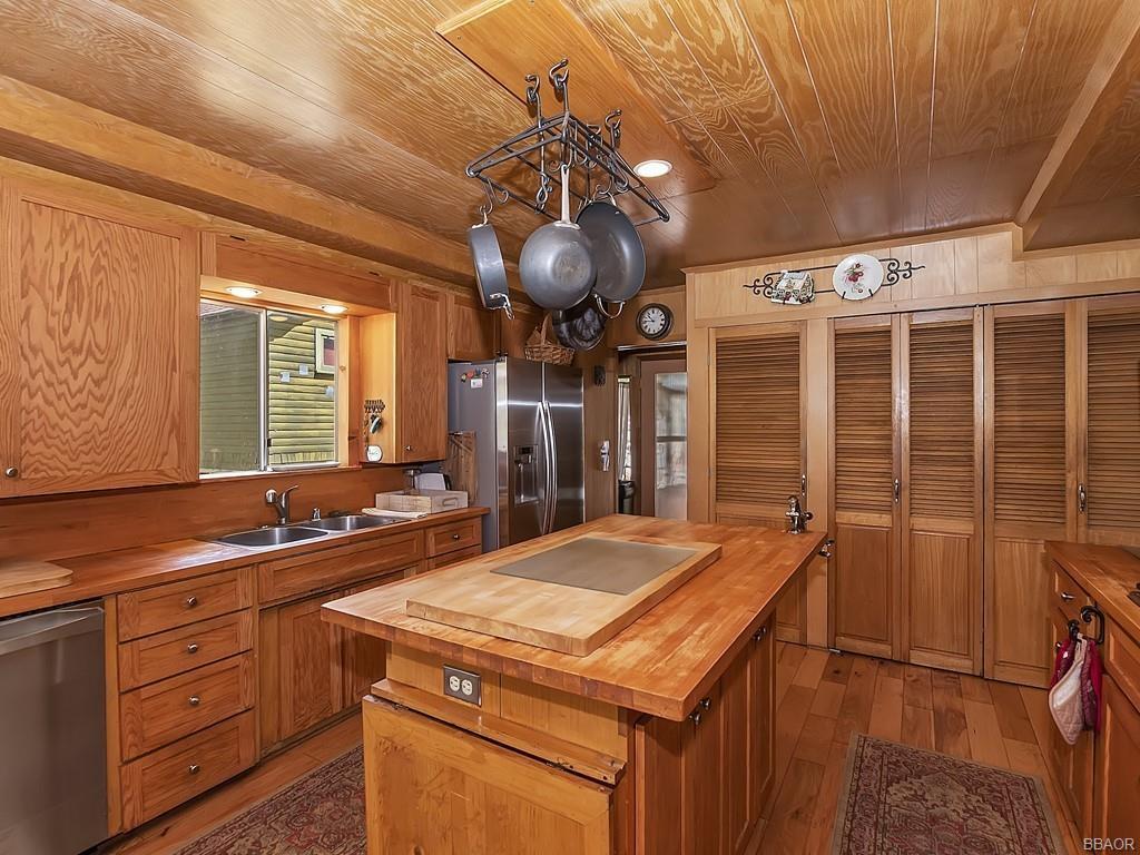 39513 Lake Drive Property Photo 15