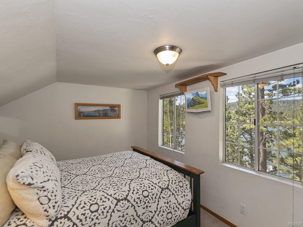 39513 Lake Drive Property Photo 35