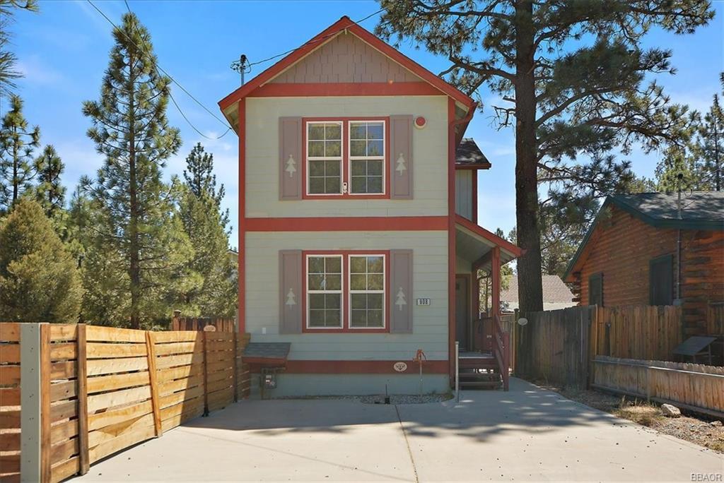 908 Ash Lane Lane Property Photo 1