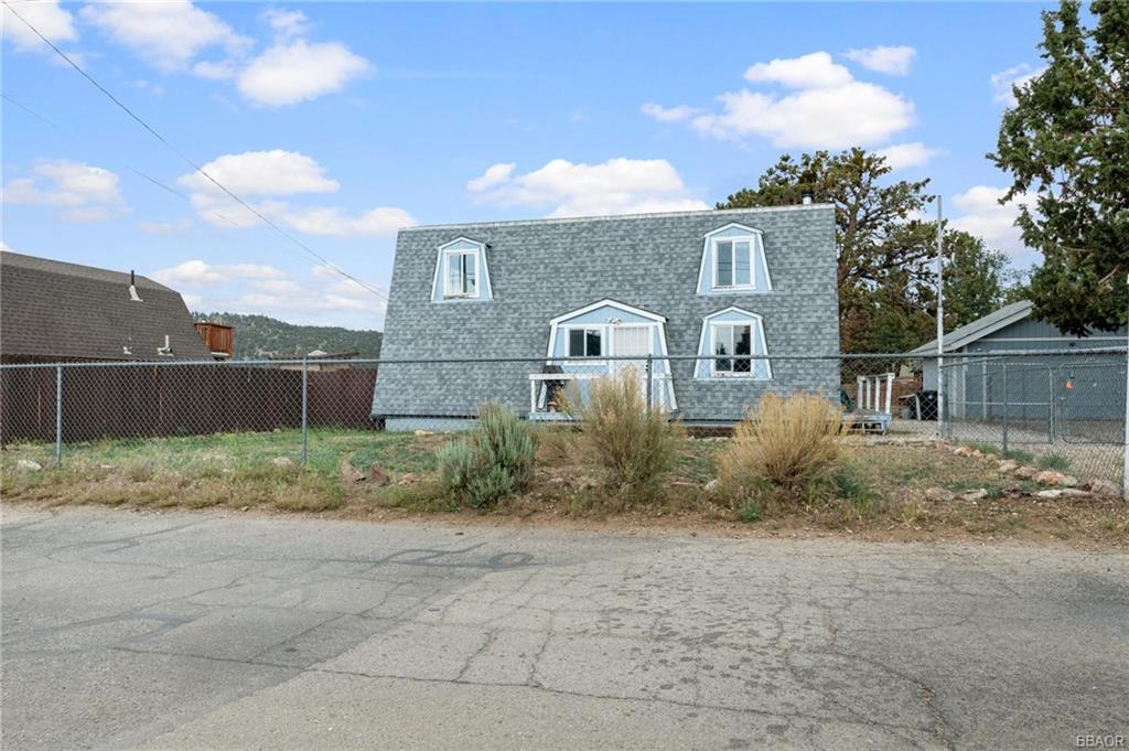 824 Cypress Lane Property Photo 1