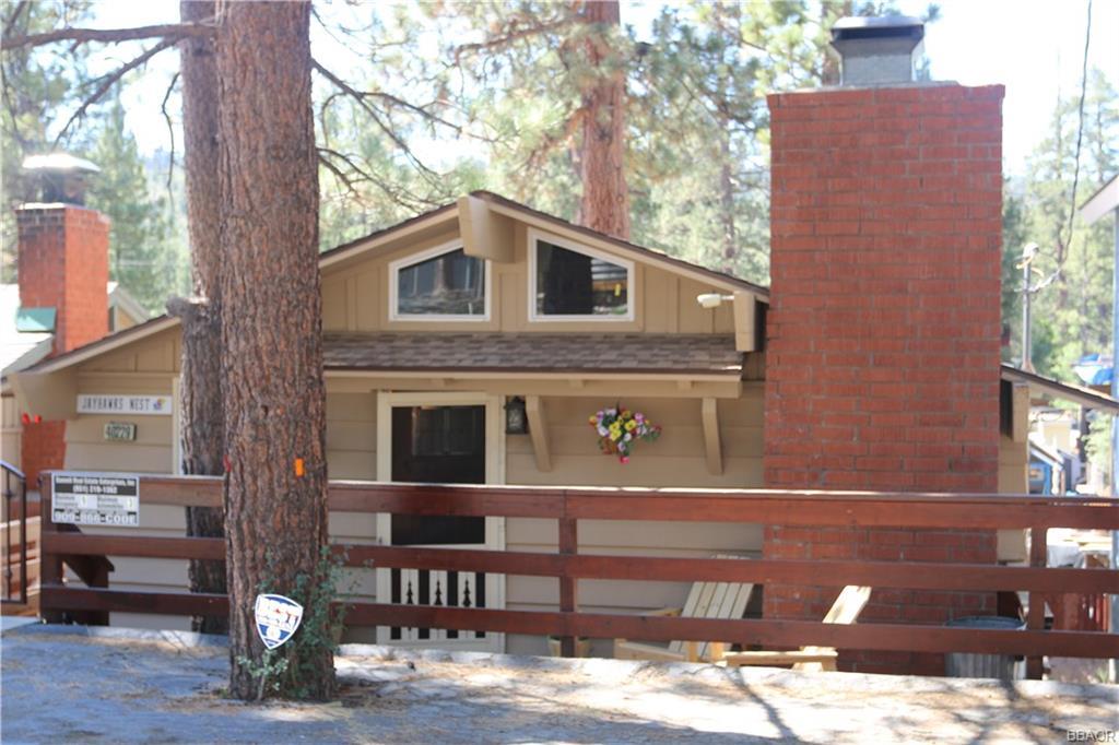 40229 Mahanoy Lane Property Photo 1
