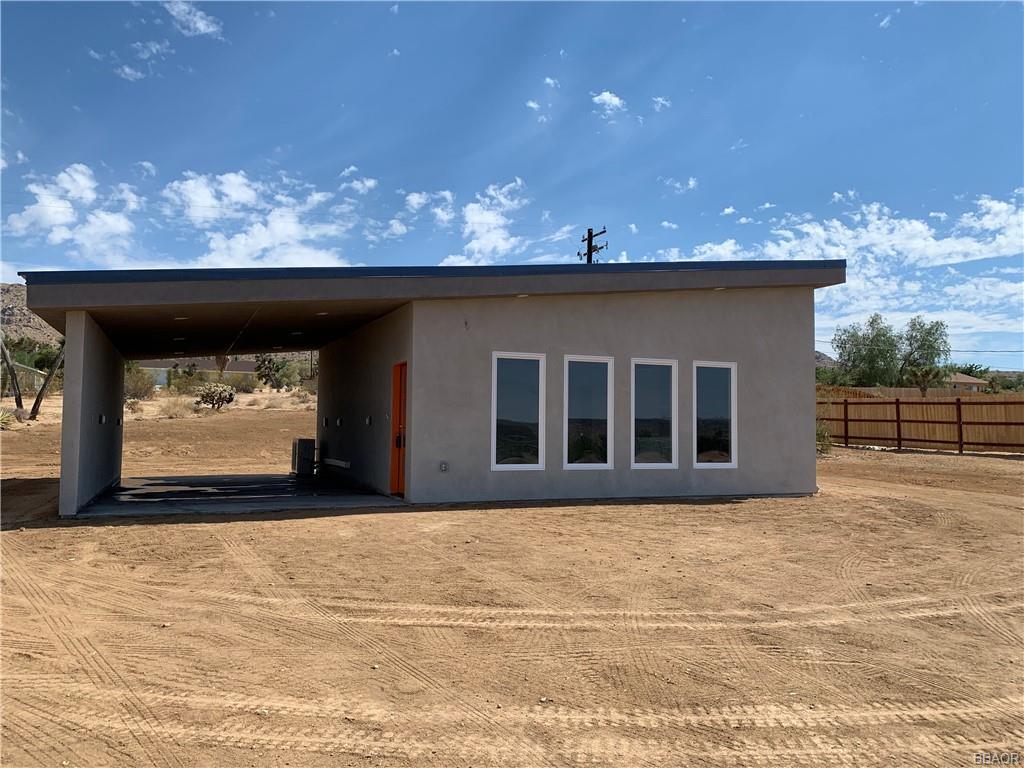 60361 Alta Loma Drive Property Photo 1