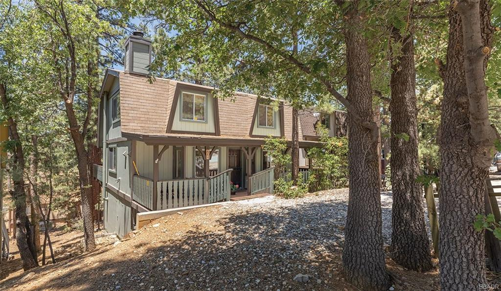 664 Santa Barbara Avenue Property Photo 1