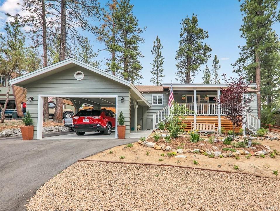1241 Redwood Drive Property Photo 1