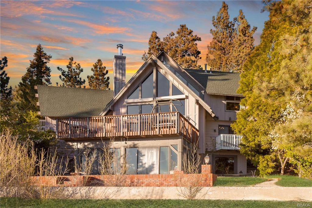 112 N Eagle Drive Property Photo 1