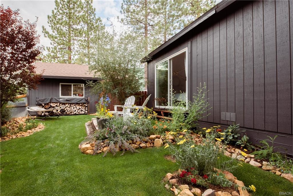 511 Spruce Lane Property Photo 1