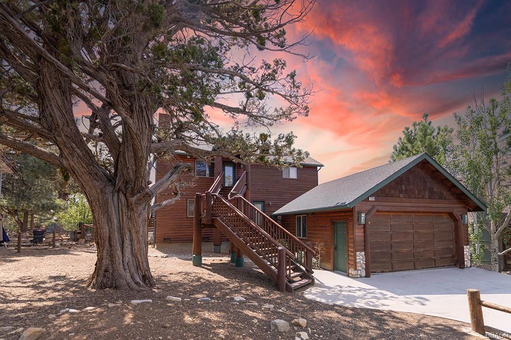1359 Flintridge Avenue Property Photo 1
