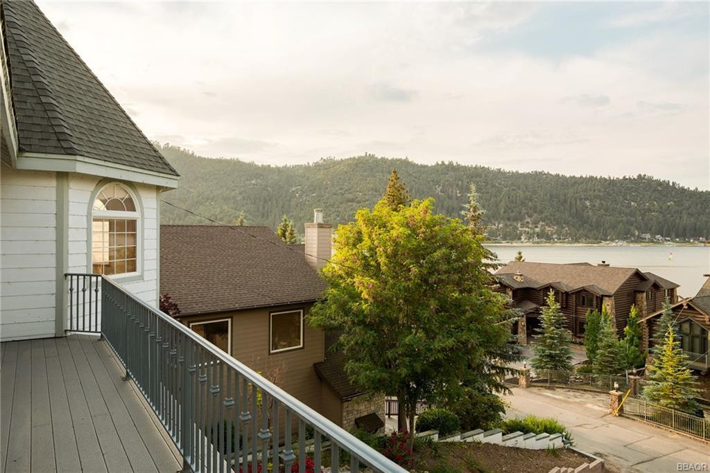 668 Cove Drive Property Photo 22