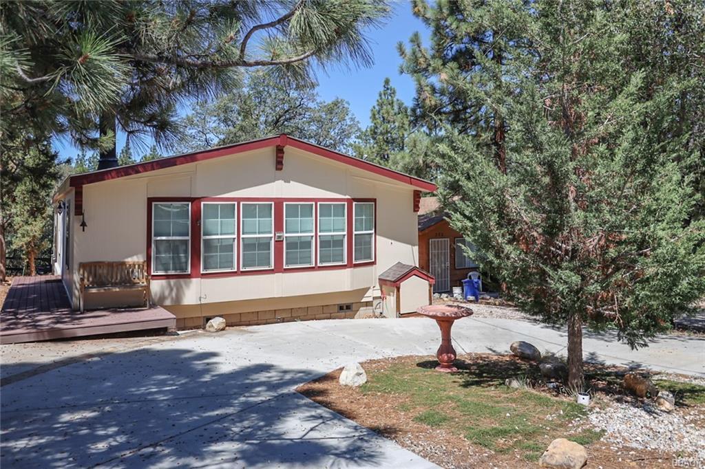 280 Sunset Lane Property Photo