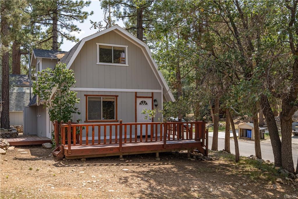 207 Vista Lane Property Photo